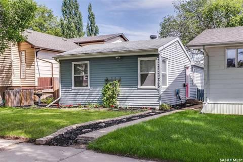House for sale at 1508 7th Ave N Saskatoon Saskatchewan - MLS: SK797376