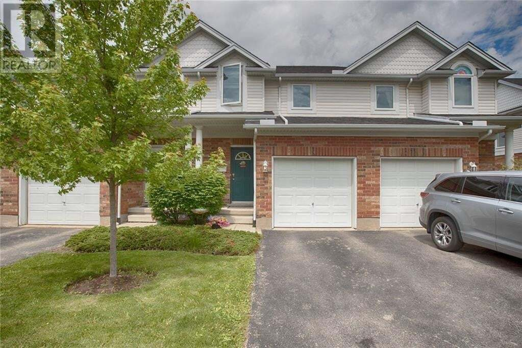 Townhouse for sale at 151 Clairfields Dr East Guelph Ontario - MLS: 30810489