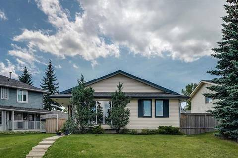 House for sale at 151 Scenic Wy Northwest Calgary Alberta - MLS: C4263501