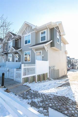 Townhouse for sale at 151 Toscana Garden(s) Northwest Calgary Alberta - MLS: C4278985
