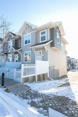 Townhouse for sale at 151 Toscana Garden(s) Northwest Calgary Alberta - MLS: C4278985