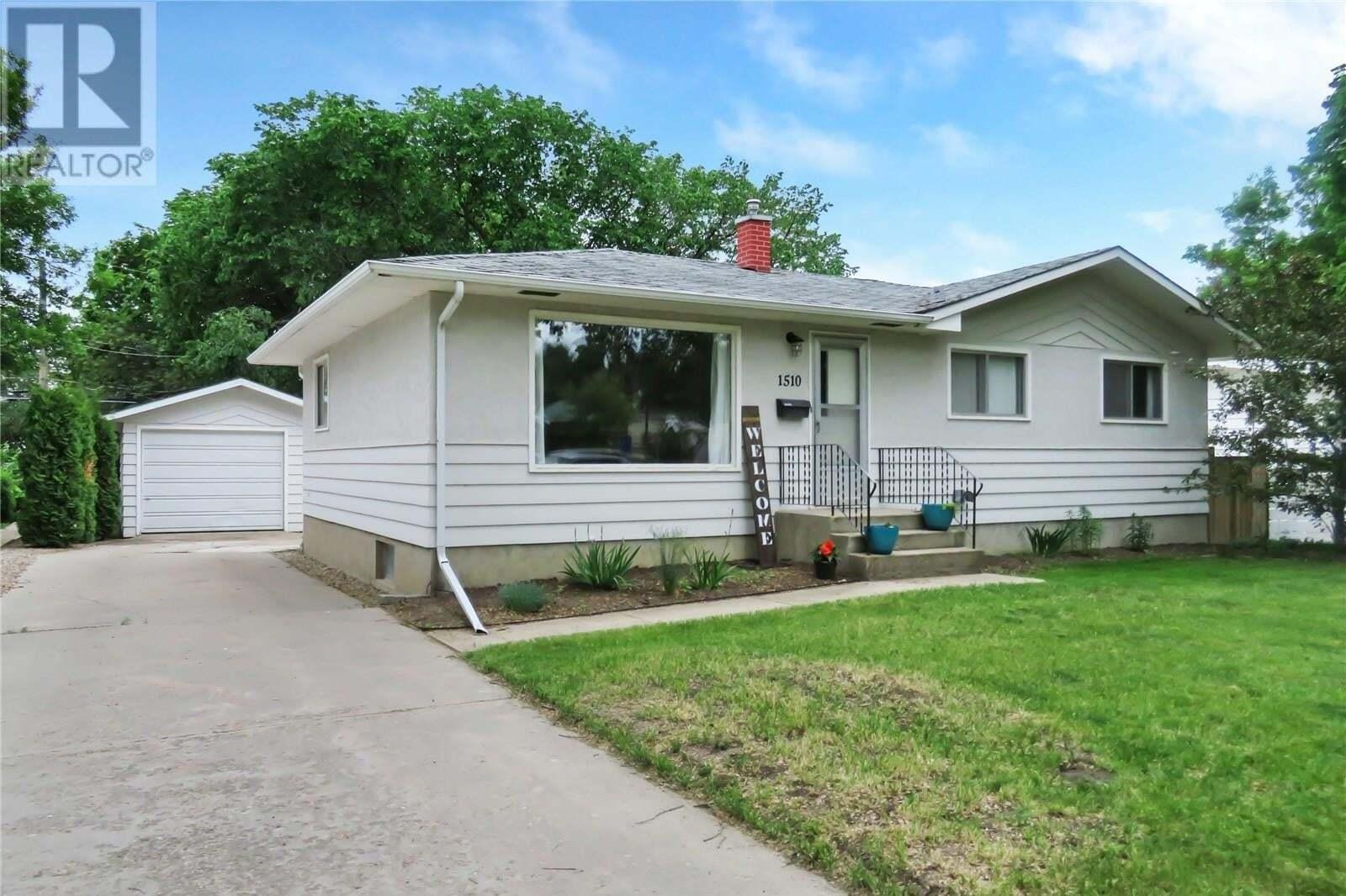 House for sale at 1510 Bell St E Swift Current Saskatchewan - MLS: SK814006