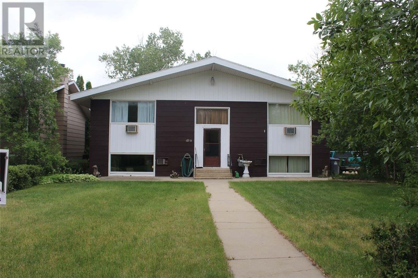 Townhouse for sale at 1510 King St Estevan Saskatchewan - MLS: SK813659
