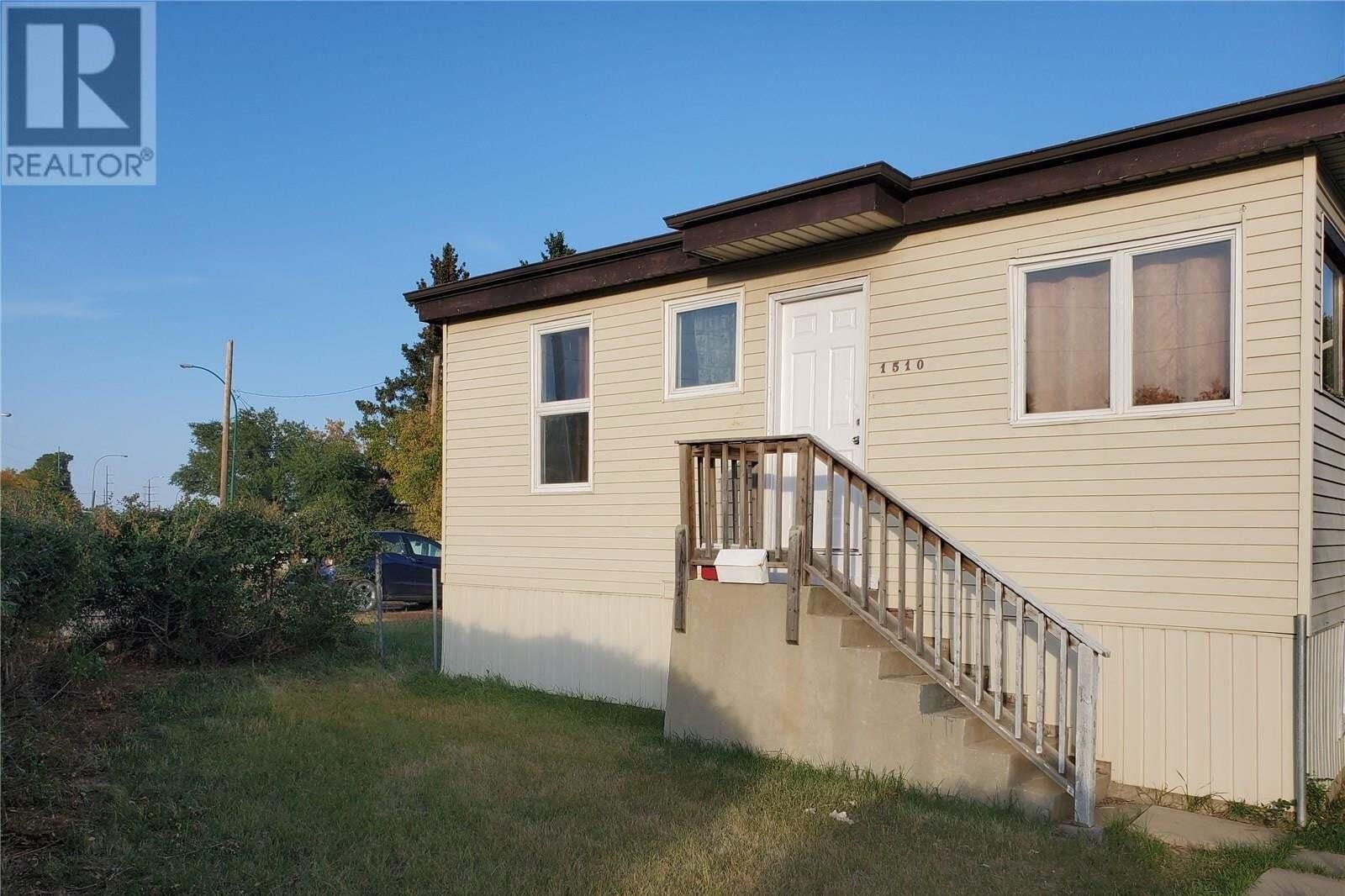 House for sale at 1510 Warman Rd Saskatoon Saskatchewan - MLS: SK827782