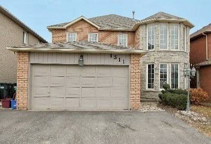 House for sale at 1511 Astrella Cres Mississauga Ontario - MLS: W4699484