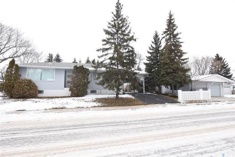 House for sale at 1512 5th Ave N Regina Saskatchewan - MLS: SK791222