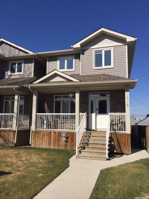 Townhouse for sale at 1516 Coy Ave Saskatoon Saskatchewan - MLS: SK800068