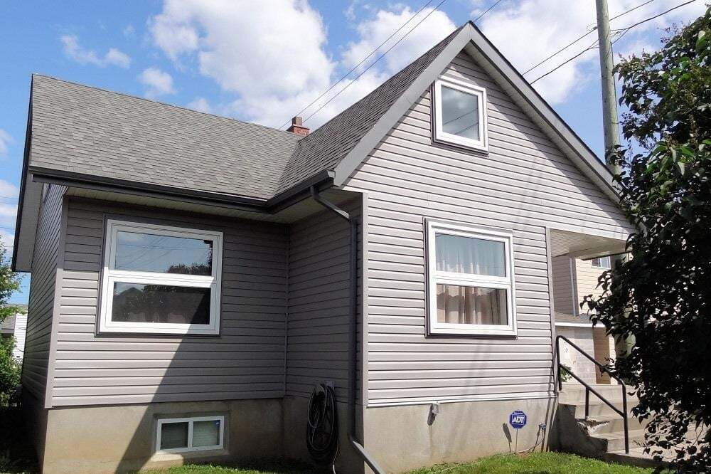 House for sale at 1516 Euclid Ave Thunder Bay Ontario - MLS: TB201891