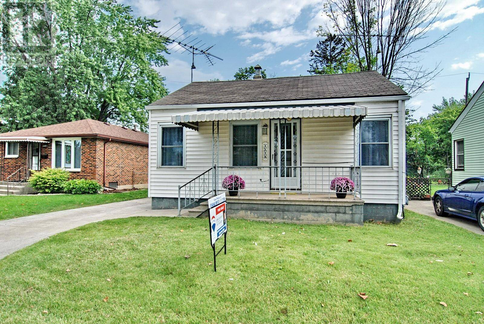 House for sale at 1516 Felix Ave Windsor Ontario - MLS: 19024877