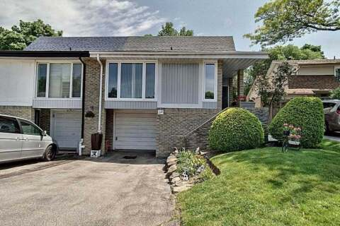 Townhouse for sale at 1518 Oran Ct Mississauga Ontario - MLS: W4778300