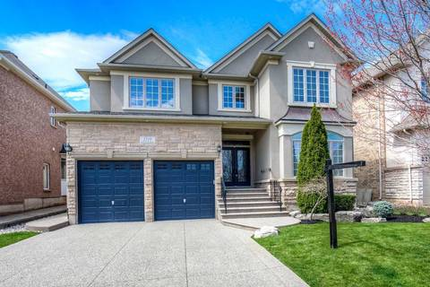House for sale at 1519 Arrowhead Rd Oakville Ontario - MLS: W4608787