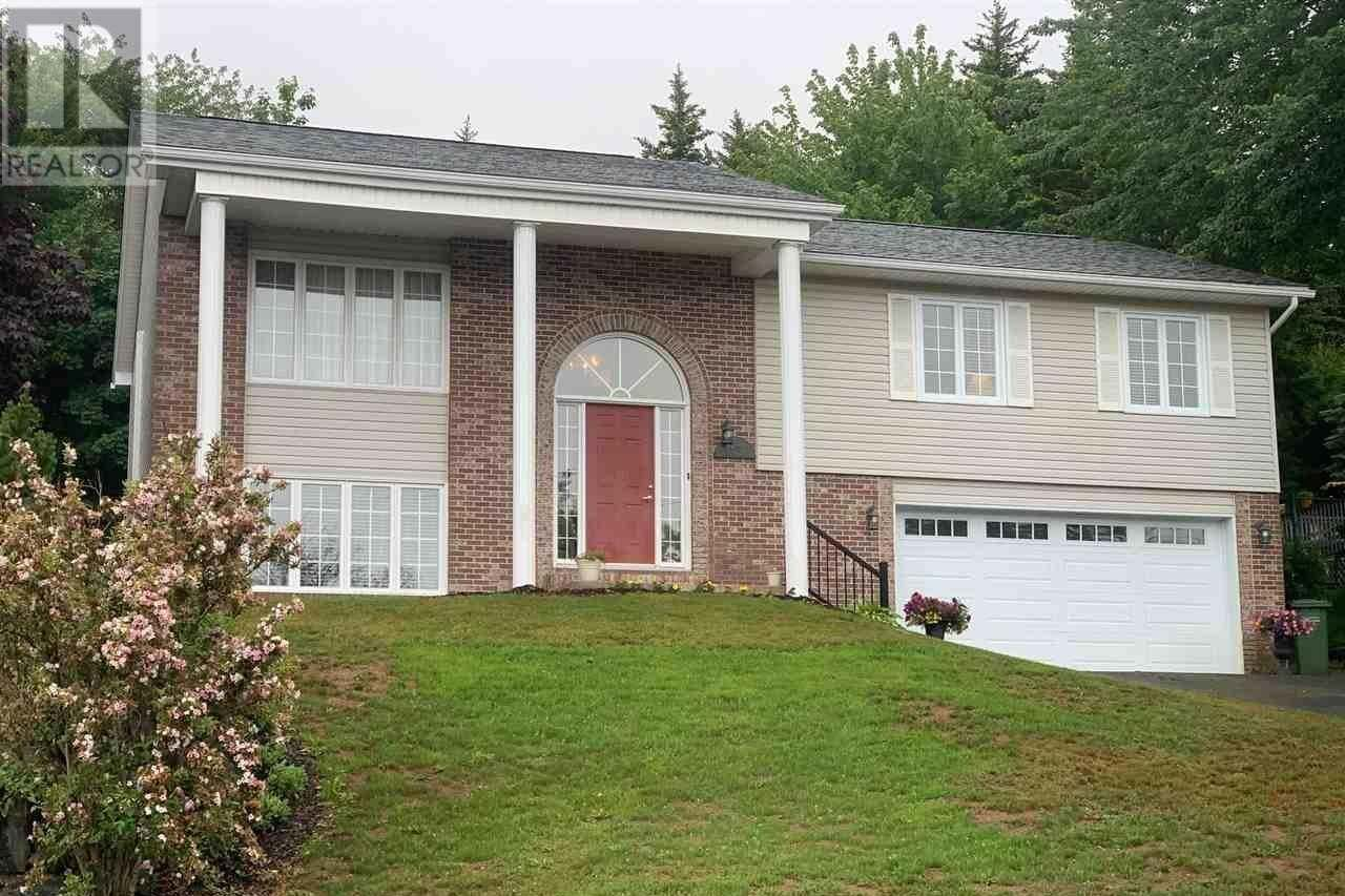 House for sale at 152 Acadia Mill Rd Bedford Nova Scotia - MLS: 202012015