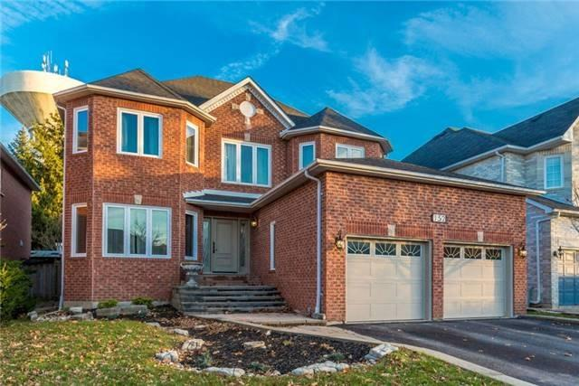 Sold: 152 Carlyle Crescent, Aurora, ON