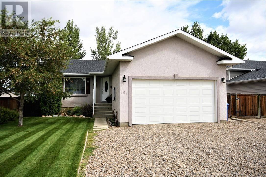 House for sale at 152 Hunt Cres Ne Medicine Hat Alberta - MLS: mh0189884