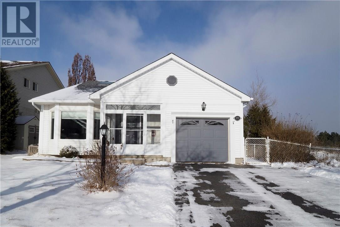 Removed: 152 Middlebury Drive, Waterloo, ON - Removed on 2019-01-14 04:15:18