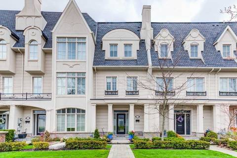 Townhouse for sale at 152 Rebecca St Oakville Ontario - MLS: W4452804