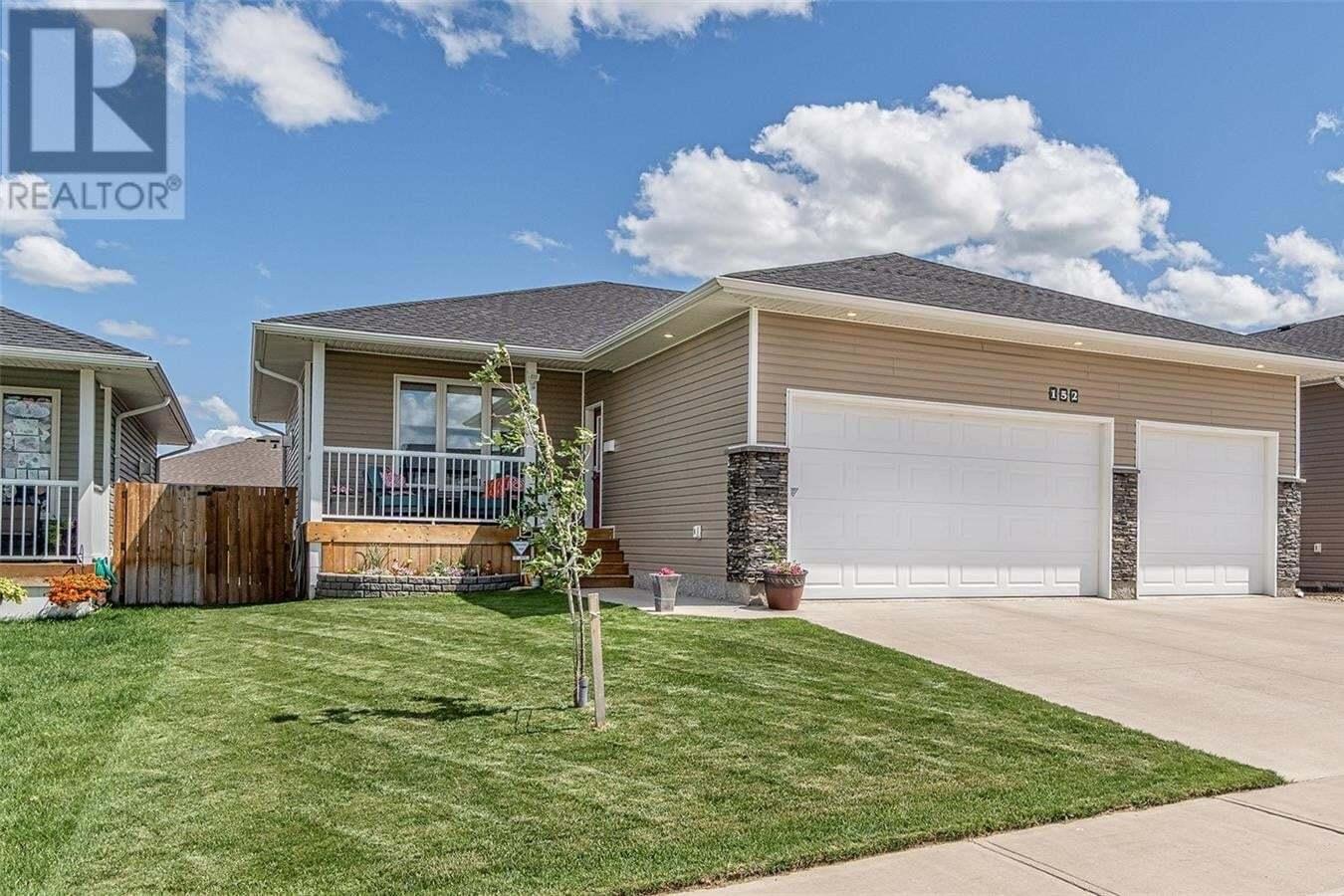 House for sale at 152 Wellington Dr Moose Jaw Saskatchewan - MLS: SK815226