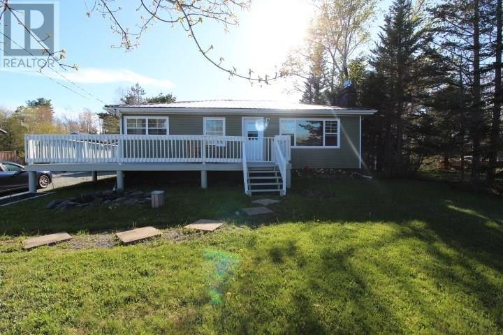 House for sale at 1520 Beaver Bank Rd Beaver Bank Nova Scotia - MLS: 202008623