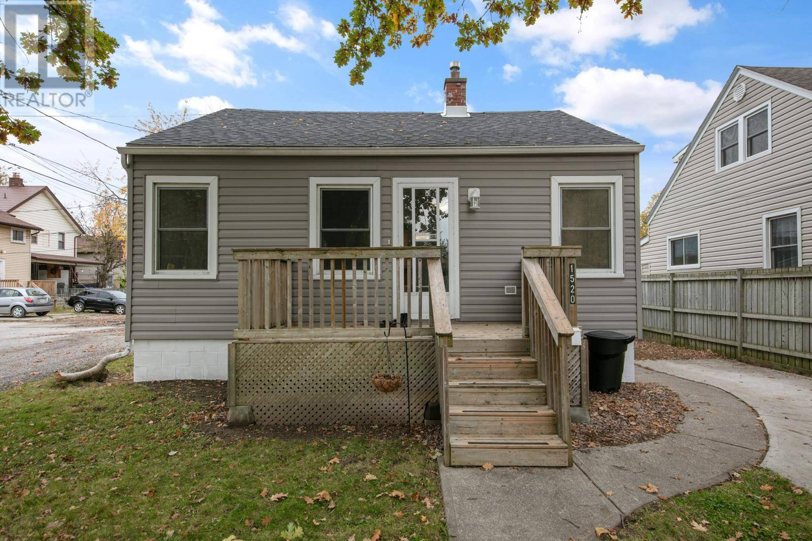 House for sale at 1520 Central  Windsor Ontario - MLS: 19027708