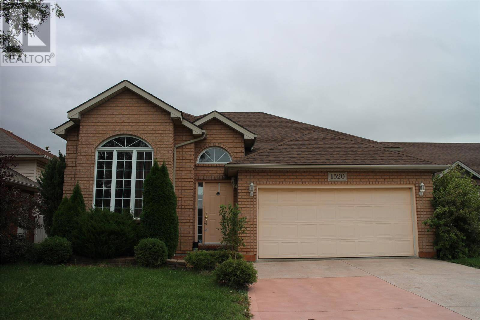 House for rent at 1520 Imperial Cres Windsor Ontario - MLS: 19026892