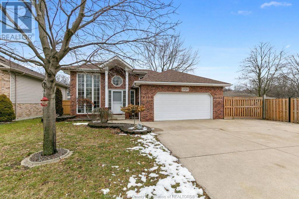 House for sale at 1520 Maple Ave Lasalle Ontario - MLS: 20003620
