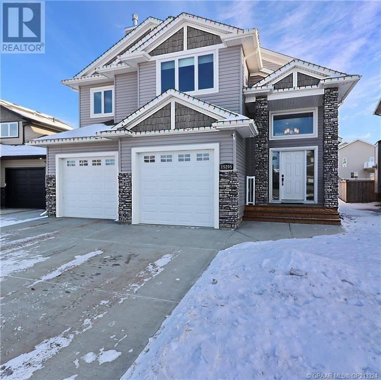 House for sale at 15205 104b St Grande Prairie, County Of Alberta - MLS: GP213324
