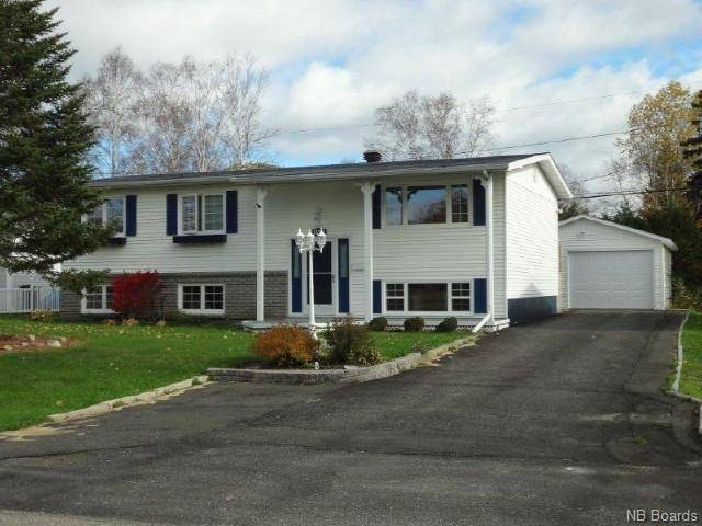 House for sale at 1522 Bernon Ave Bathurst New Brunswick - MLS: NB038180