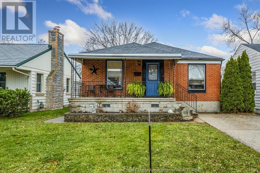 House for sale at 1525 Pillette Rd Windsor Ontario - MLS: 20015811