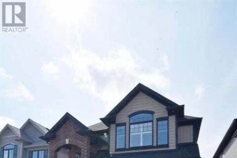 1527 Finley Crescent, London | Image 1