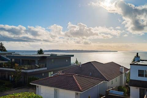Townhouse for sale at 15274 Royal Ave White Rock British Columbia - MLS: R2377761