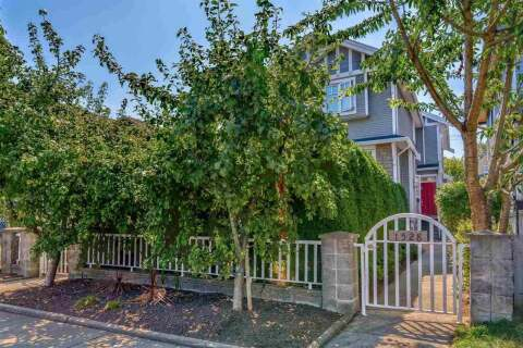 Townhouse for sale at 1528 Pender St E Vancouver British Columbia - MLS: R2484150