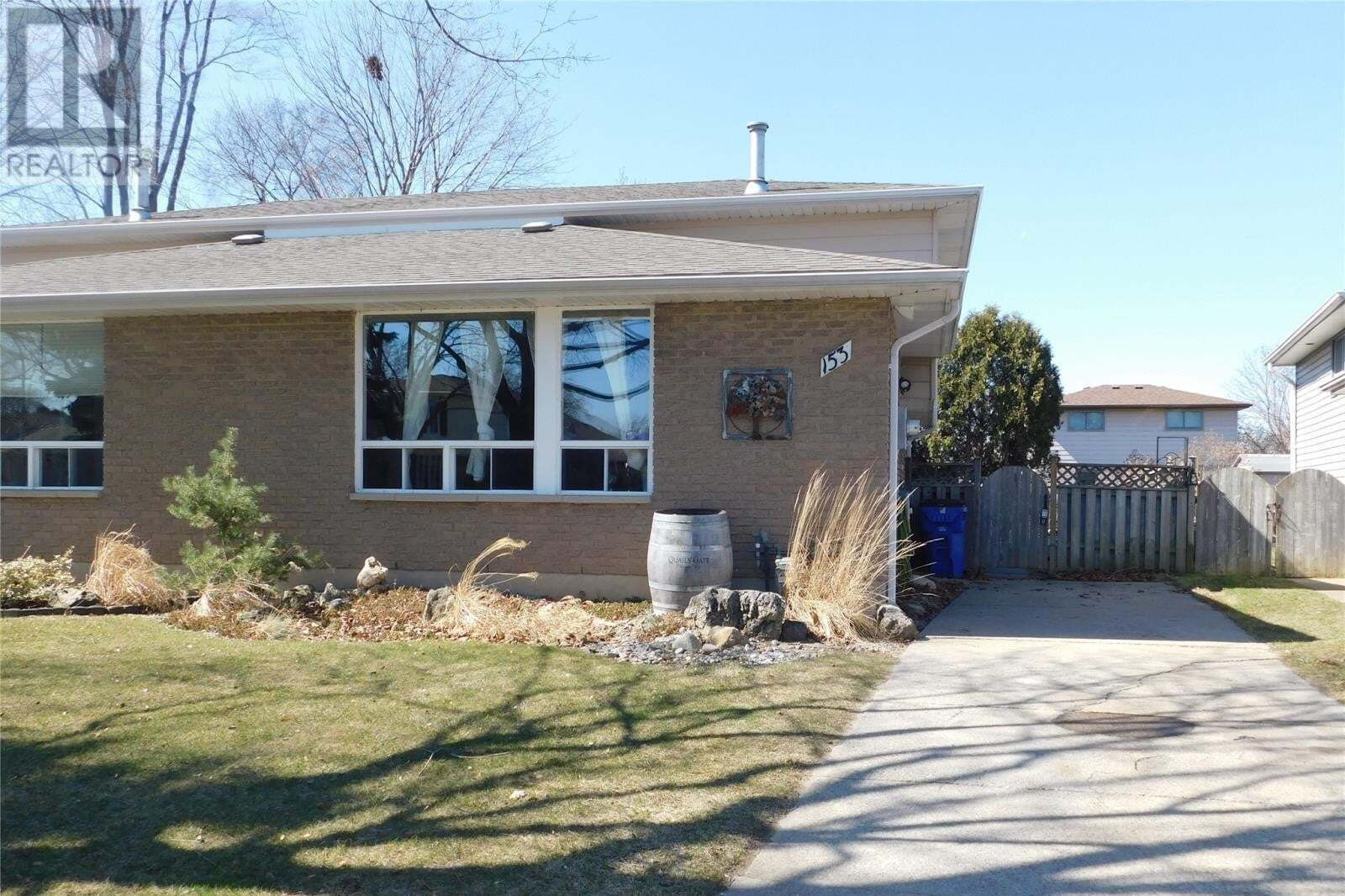 House for sale at 153 Goldpark Rd Chatham Ontario - MLS: 20006885