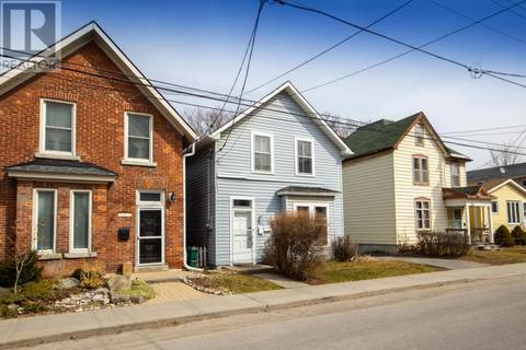 Townhouse for sale at 153 Pine St Kingston Ontario - MLS: K19001840