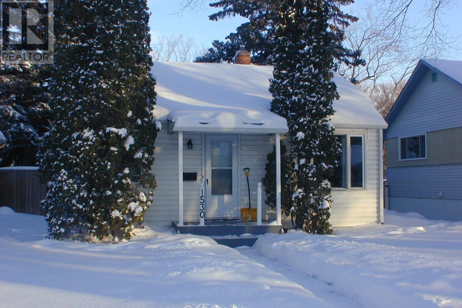 House for sale at 1530 2nd Ave N Saskatoon Saskatchewan - MLS: SK831009
