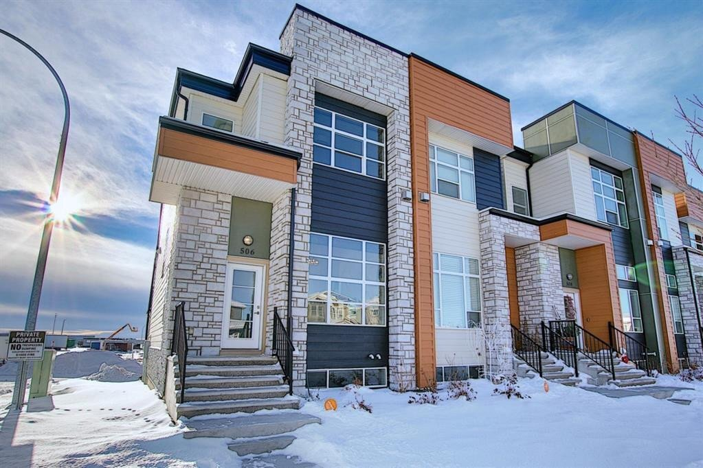 Townhouse for sale at 1530 Bayside Ave Southwest Airdrie Alberta - MLS: A1052564