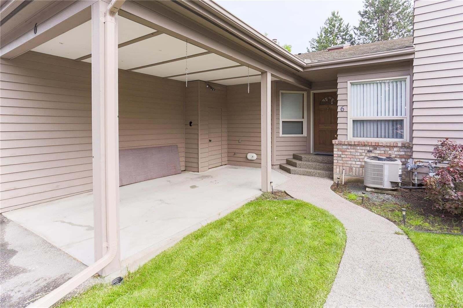 Townhouse for sale at 1530 Kelglen Cres Kelowna British Columbia - MLS: 10207755