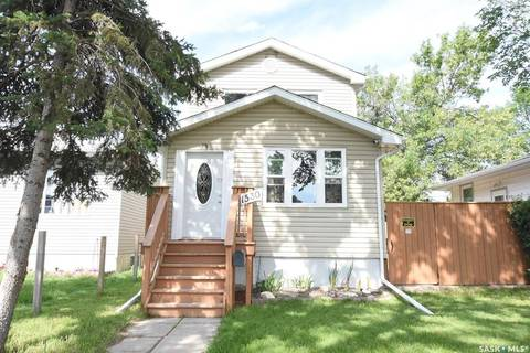 House for sale at 1530 Lacon St Regina Saskatchewan - MLS: SK795938