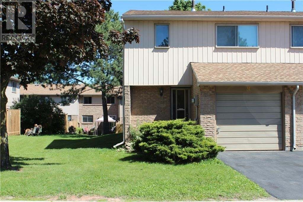 Townhouse for sale at 1530 Lancaster Dr Oakville Ontario - MLS: 30820255