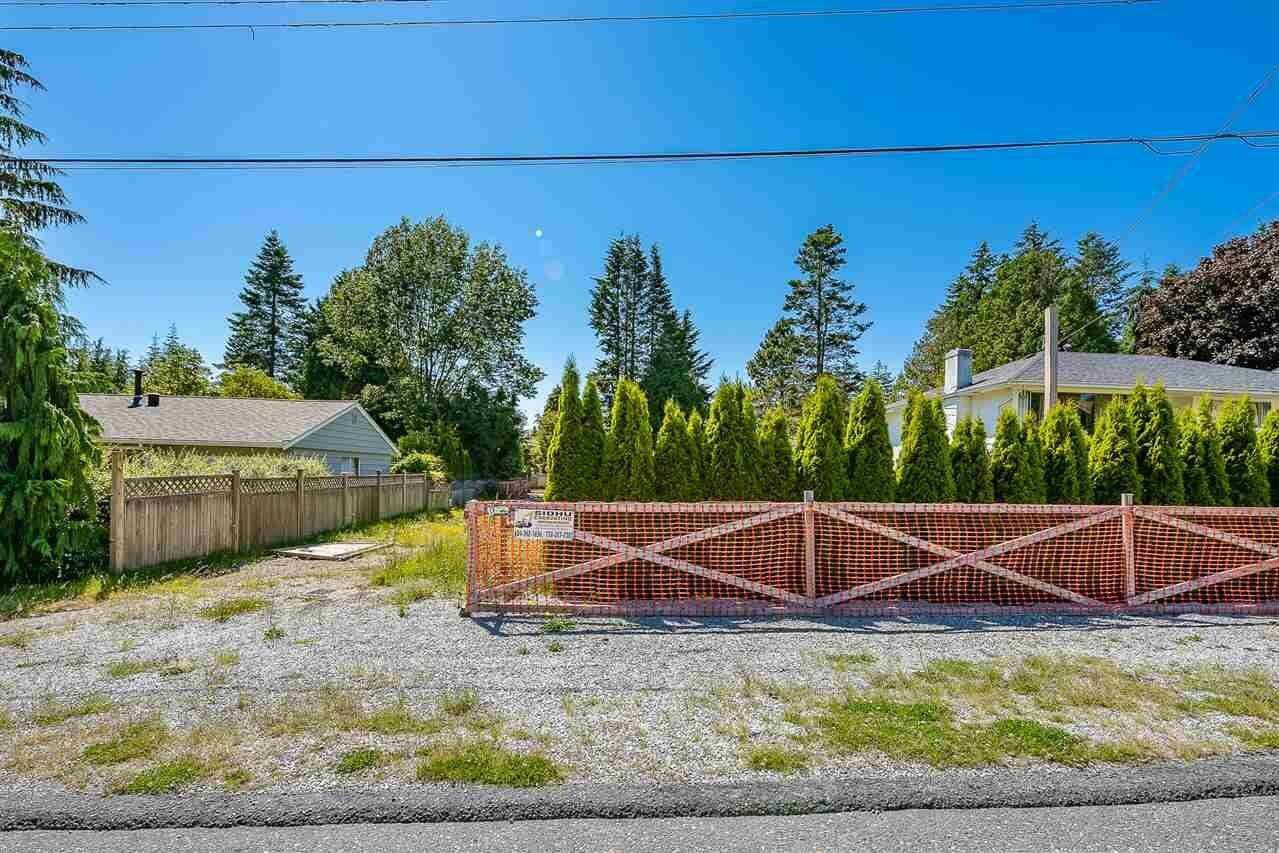 Home for sale at 1531 Chestnut St White Rock British Columbia - MLS: R2497571