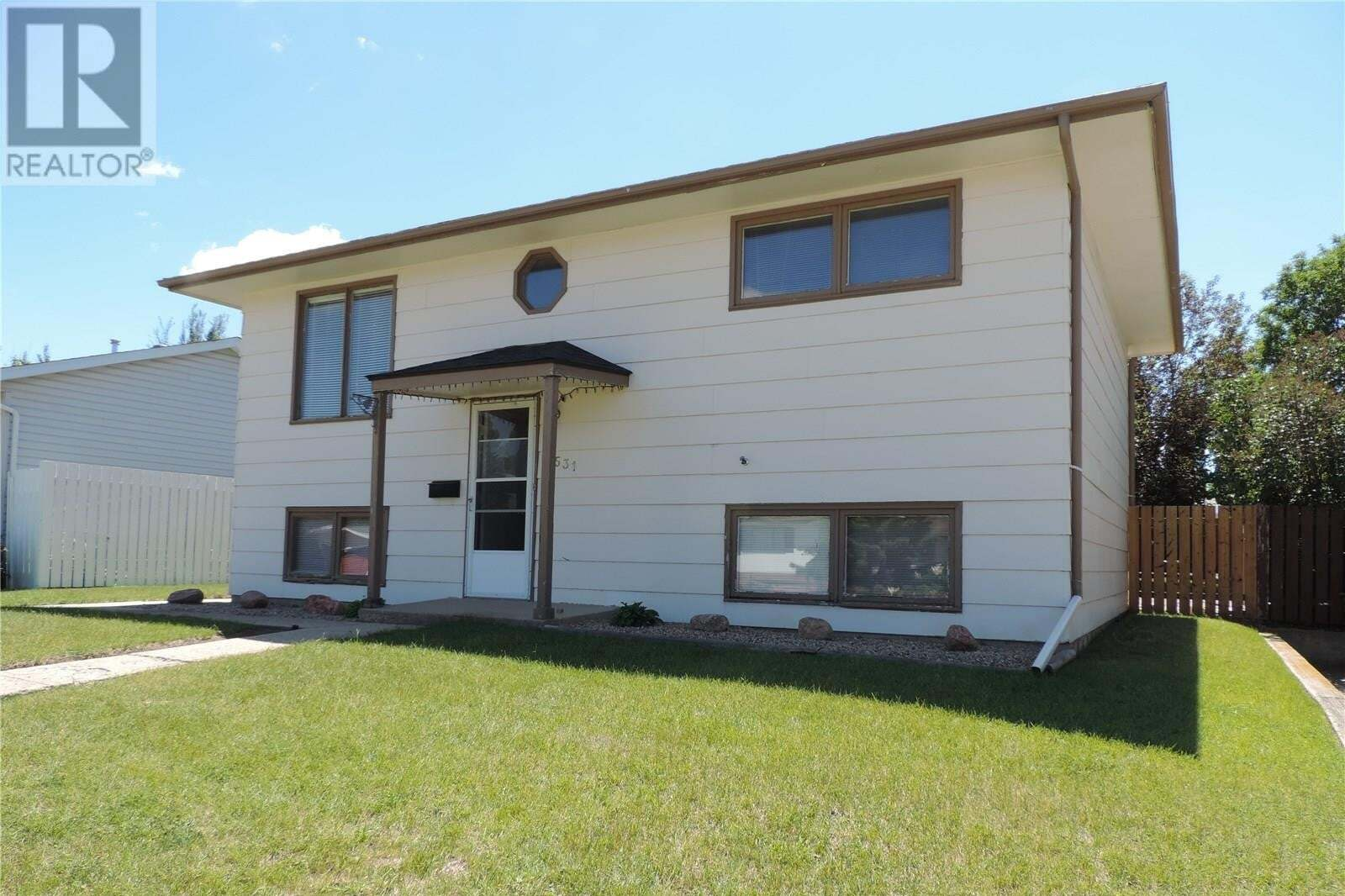 House for sale at 1531 Grandview St W Moose Jaw Saskatchewan - MLS: SK813951