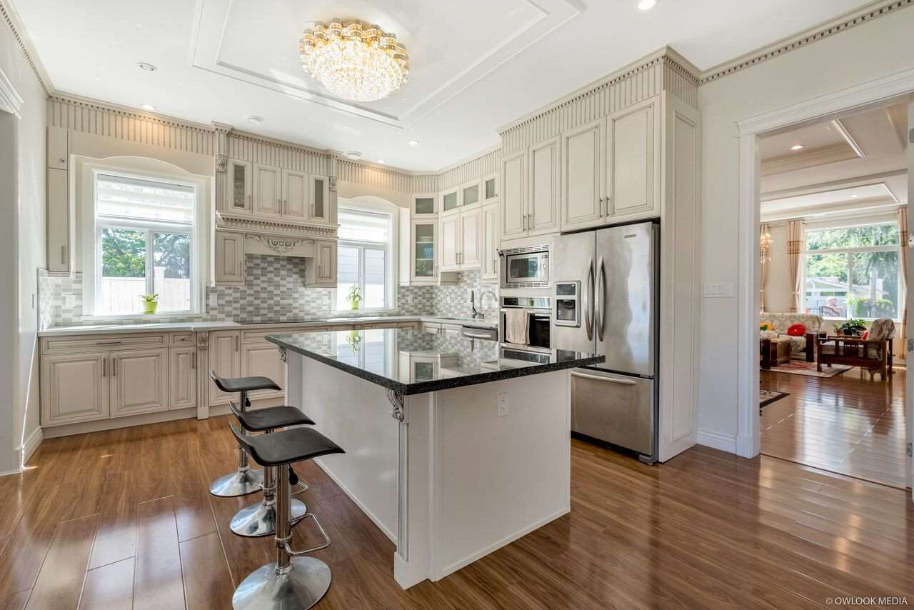 For Sale: 15331 20a Avenue, Surrey, BC | 5 Bed, 6 Bath House for $2,180,000. See 20 photos!