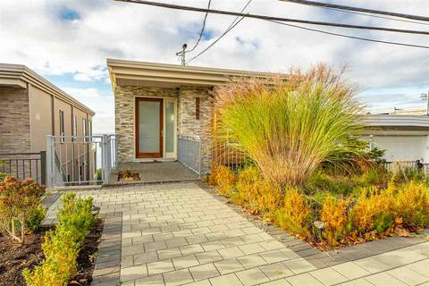 House for sale at 15368 Victoria Ave White Rock British Columbia - MLS: R2415774