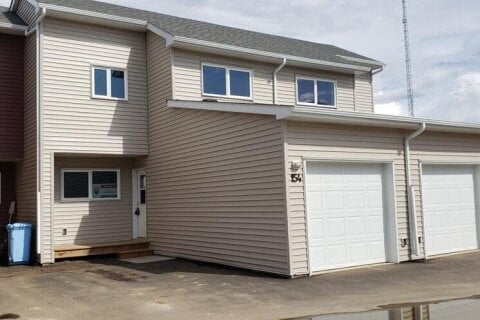Townhouse for sale at 154 Almond Cres Fort Mcmurray Alberta - MLS: A1051984