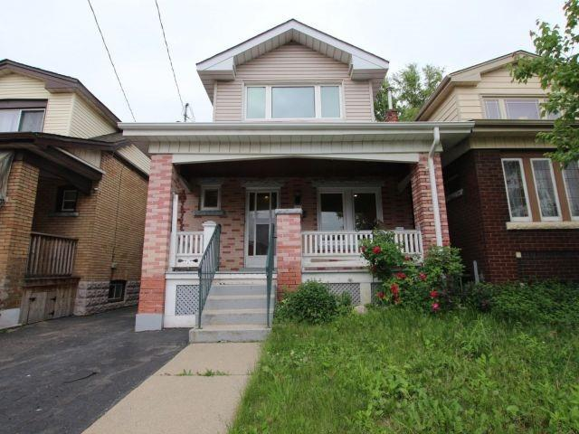 Sold: 154 Connaught Avenue, Hamilton, ON