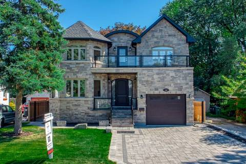 House for sale at 154 Eaglewood Blvd Mississauga Ontario - MLS: W4573148