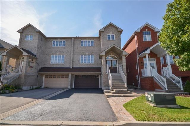 For Sale: 154 Matthew Boyd Crescent, Newmarket, ON | 3 Bed, 3 Bath Townhouse for $698,000. See 7 photos!
