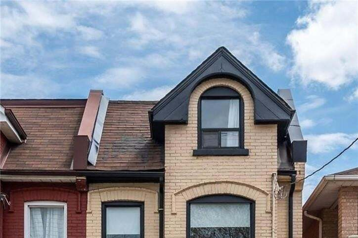 Townhouse for sale at 154 Park St N Hamilton Ontario - MLS: H4080849