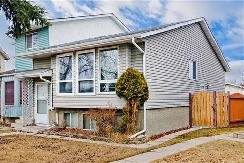 Townhouse for sale at 154 Pinemeadow Rd Northeast Calgary Alberta - MLS: C4238572