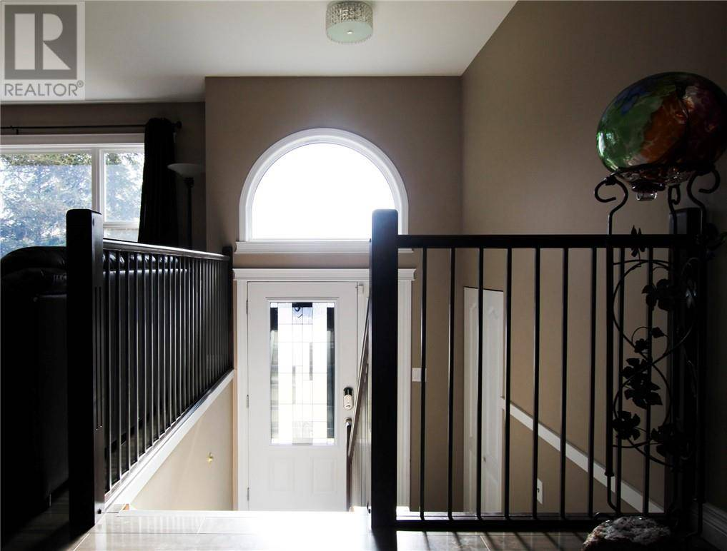 154 Torrie Crescent, Fort Mcmurray | Image 2