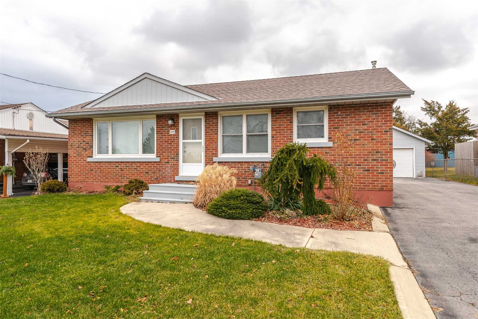 For Sale: 154 Winona Road, Hamilton, ON   3 Bed, 2 Bath House for $645000.00. See 20 photos!